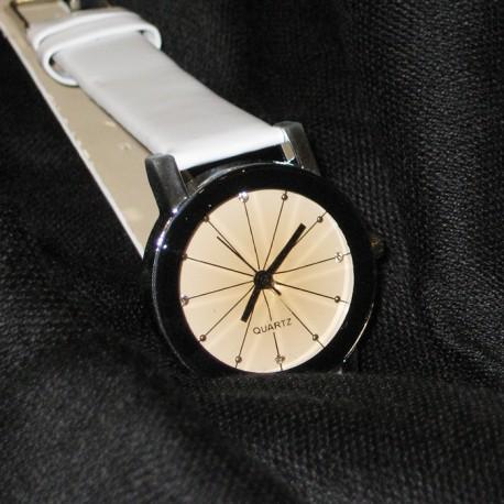 Laikrodis QUARTZ WHITE